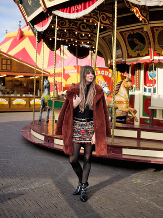 coat tumblr brown coat teddy coat skirt mini ski tights boots black boots ankle boots fuzzy coat