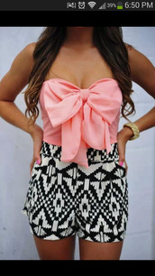 blouse,skirt,shorts,aztec print black and white,shirt,romper,aztec short,pink bow,aztec shorts,tank top,dress,pink,crop tops,bow,tube top,High waisted shorts,pink bow crop top,top,aztec,cute