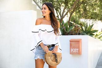 bag blogger blogger style tumblr bag summer bag off the shoulder off the shoulder top mini shorts denim shorts gucci belt