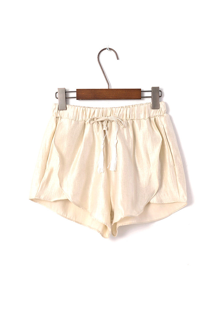 Shorts with split detail