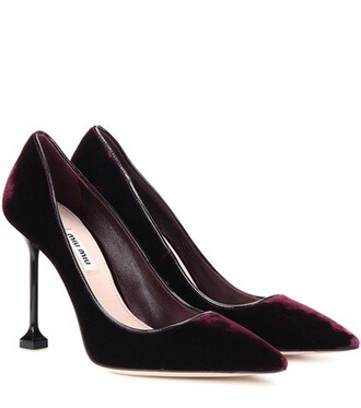 pumps velvet red shoes