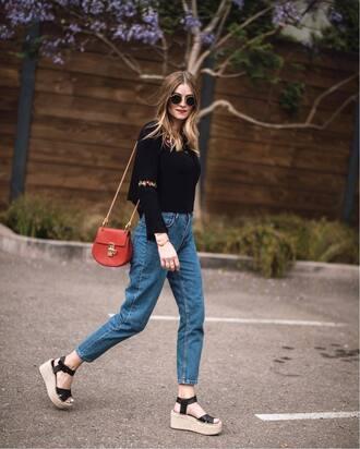 shoes tumblr sandals flat sandals denim jeans blue jeans top black top bag red bag chain bag sunglasses