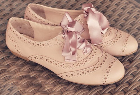 cream vintage shoes oxford