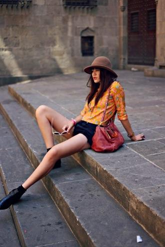natalie off duty hat top shorts shoes t-shirt bag dress shirt