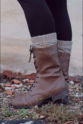 shoes,boots,brown boots,laces,platform lace up boots