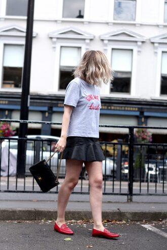 t-shirt tumblr grey t-shirt skirt mini skirt black skirt leather skirt shoes loafers red loafers bag shorts