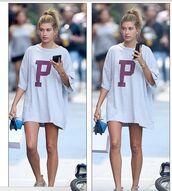 t-shirt dress,oversized,oversized t-shirt,hailey baldwin,streetstyle,new york city