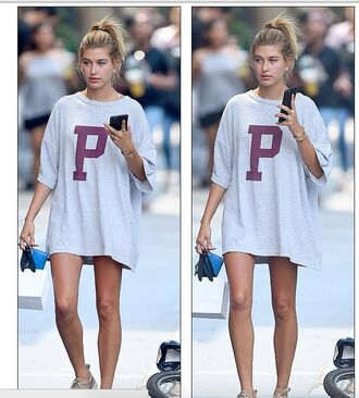 t-shirt dress oversized oversized t-shirt hailey baldwin streetstyle new york city