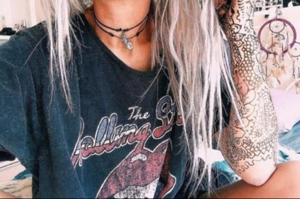 shirt top rolling stones t shirt hair dye pastel hair choker necklace