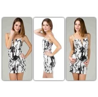 dress black white black dress white dress marble paint splatter sweetheart dresses v neck get this look triangle instagram angl love love this