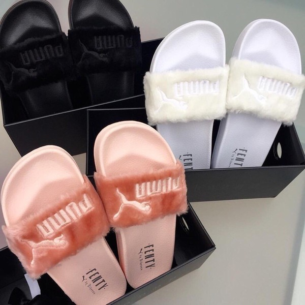 shoes pantuflas white black pink puma puma fenty flip-flops slide shoes  slippers. 52e32f5c7