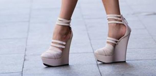 5c9bb6b3702 shoes shoes heels shoes platform heels black shoe platform shoes platform  high heels cream high heels