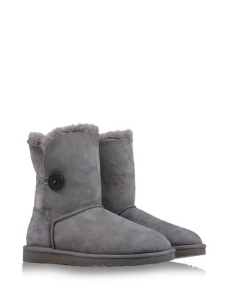 Shop online Women's Ugg Australia at shoescribe.com