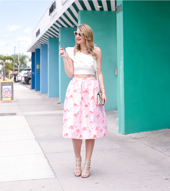 visions of vogue blogger top skirt shoes bag sunglasses make-up