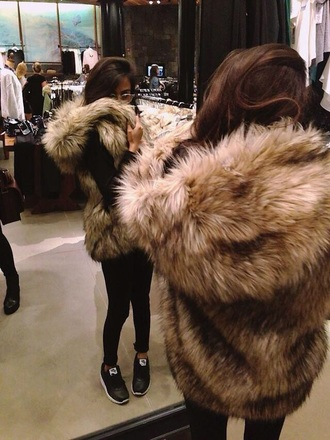 fur sleeveless coat faux fur gilet girl casual hooded jacket faux fur neutral colors gilet