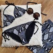 swimwear,blue,black,grey,white,pattern,snake skin,snake print,bikini,bikini top,bikini bottoms,string bikini
