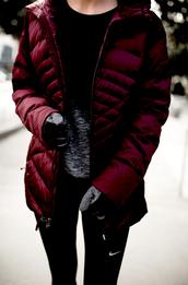 krystal schlegel,blogger,t-shirt,leggings,shoes,underwear,gloves,jacket,winter outfits,sportswear,nike