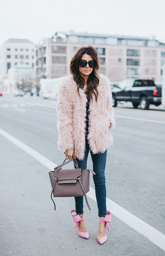 hello fashion blogger fluffy fuzzy coat pink coat handbag skinny jeans bow shoes winter outfits