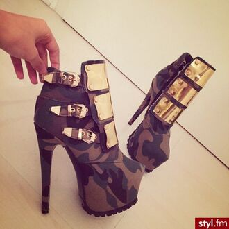shoes camouflage combat boots heels gold plates buckles
