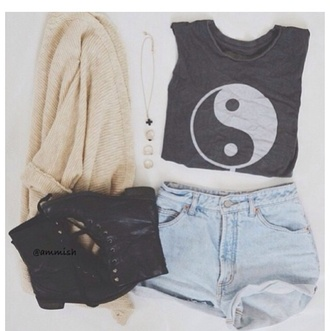 shirt cute girl black style teenagers vogue yin yang acacia brinley blouse shorts jewels t-shirt