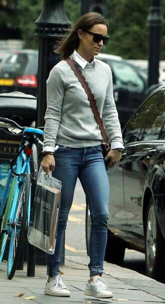 bag purse streetstyle jeans denim sweater fall outfits pippa middleton