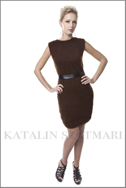 dress dark brown dress knitted dress bodycon dress above knee dress sleeveless dress body hugging dress dropped shoulder dress
