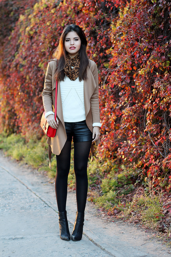 fake leather sweater coat scarf bag shorts shoes jewels