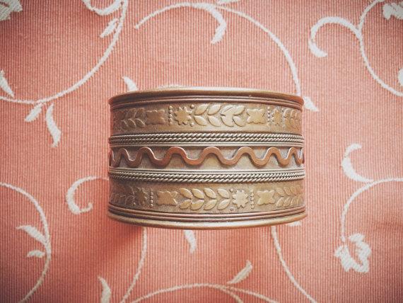 Handmade indian golden metal cuff bracelet, golden bracelet, brass cuff bracelet, metal cuff bracelet,textured bracelet
