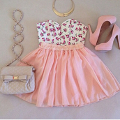 shirt,floral,skirt,skater skirt,floral crop top,floral top,top,crop,crossbody bag,bag,pink,baby pink,pumps,heels,pink heels,high heels,pink high heels,pink pumps,girly,cute outfits,shoes,dress