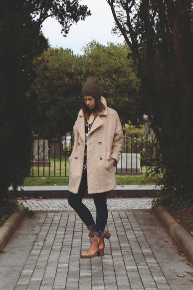 jeans blogger orchid grey jewels beige brown leather boots