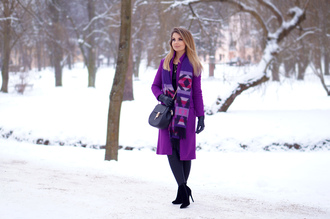 a piece of anna blogger coat scarf shoes bag sweater jewels
