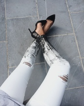 jeans,destroyed skinny jeans,ripped jeans,black and white,white,black,ombre,pants,fashion,tumblr,white jeans,ripped,painted,black and white pants,jacket