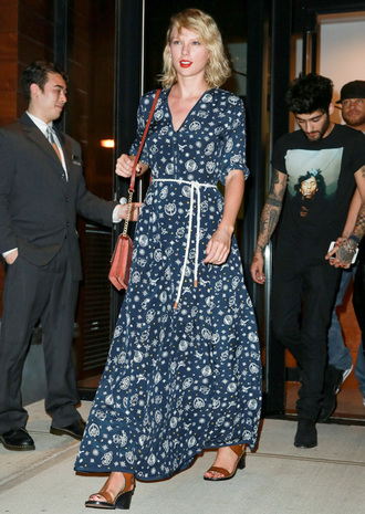 dress celebrity style celebrity taylor swift floral maxi dress maxi dress blue dress sandals sandal heels mid heel sandals brown sandals belted dress bag shoulder bag three-quarter sleeves streetstyle