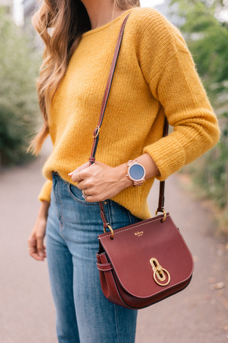 sweater yellow sweater shoulder bag watch tumblr yellow bag brown bag mustard mustard sweater