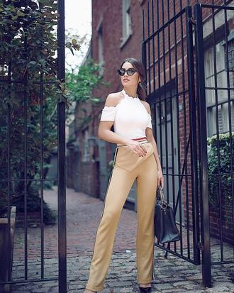 pants tumblr nude pants wide-leg pants top white top sunglasses cat eye bag black bag handbag wide leg beige pants beige pants