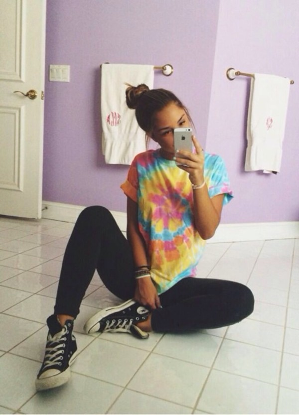 shirt clothes t-shirt tie dye roll-up blue orange pink converse leggings purple black iphone bracelets top knot updo bathroom tile floor savannah montano florida tie dye skirt girl hairstyles tie dye shirt bleue yellow colorful top nail polish tie dye shirt multicolor