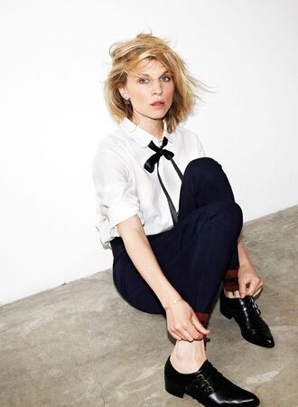 shirt white shirt ribbon bow boyish french black shoes black pants clemence poesy french girl style androgynous equality