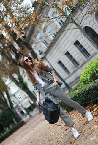 grey jacket blogger sunglasses bag blazer b a r t a b a c tailoring flare