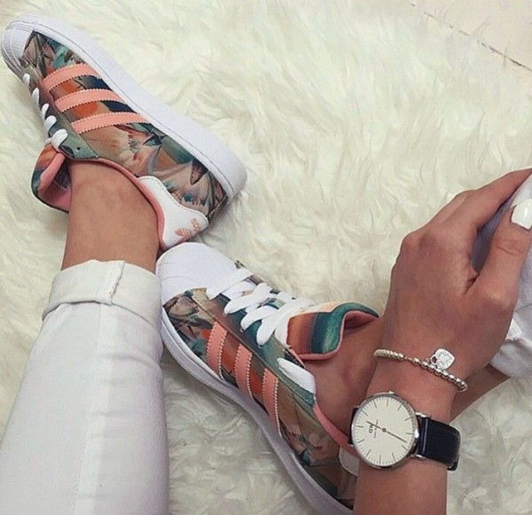 shoes adidas floral sneakers adidas superstars low top sneakers adidas shoes adidas superstars floral adidas supercolor drreamtaker flowers casual