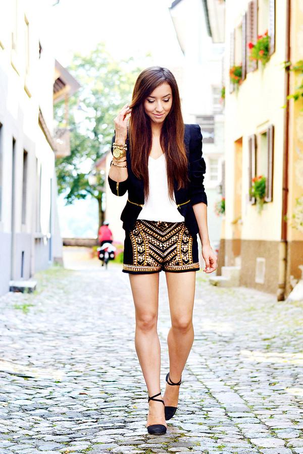 flirting with fashion jacket t-shirt shorts shoes
