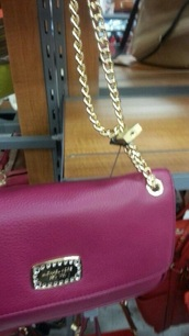 bag,chain,lock,store,pink bag,wallet,wallet on chain,wallet with chain