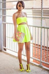 the daileigh,t-shirt,skirt,bag,sunglasses,shoes,dress