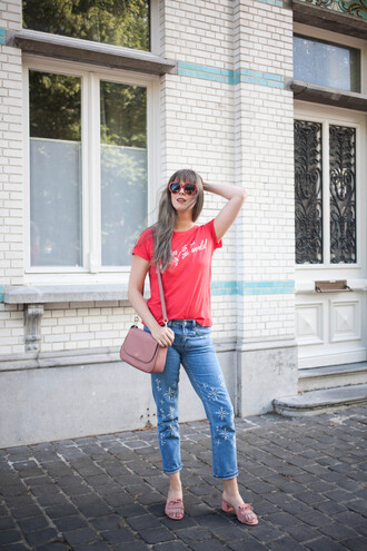 jeans tumblr blue jeans denim sandals mid heel sandals pink sandals t-shirt red t-shirt bag pink bag sunglasses red sunglasses