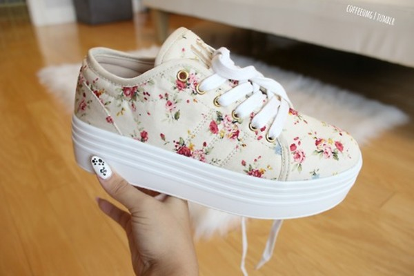 shoes floral sneakers pink white cute girly floral shoes hells flowers