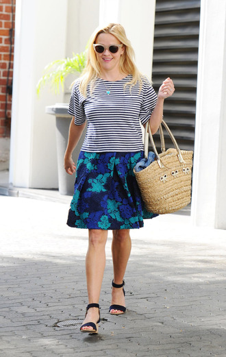 skirt top striped top floral skirt reese witherspoon sandals