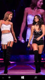 crop tops,crop tops embrodering,black crop top,black and white,embroidered,embellished,thigh highs,thigh high boots,black thigh high boots,shiny,cystals,wavy hair,blonde and brunette,selena gomez,sexy,taylor swift,fabulous,preforming,white crop tops,matching set