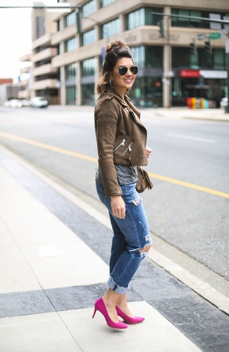 life & messy hair blogger jacket jeans shoes sunglasses shirt brown jacket spring outfits pumps