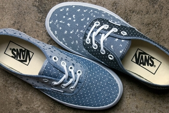 girly sneakers vans denim print denim print shoes chambray authentics lace up off the wall vans blue and white floral polka dots