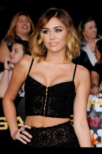 t-shirt miley cyrus black crop tops crop tops embrodering sequins crotchet coachella hippy boho corset