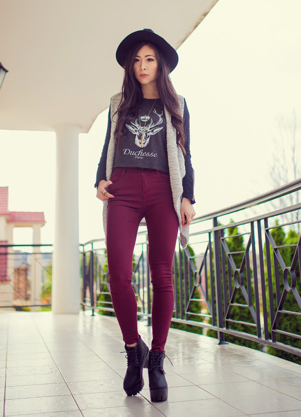 metallic paws jacket top jeans hat